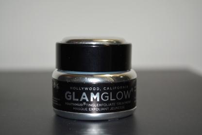 Review: GlamGlow Youthmud Tinglexfoliate Treatment