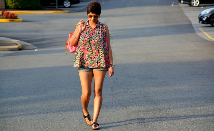 Pixie, Oversized top, Denim shorts, 2