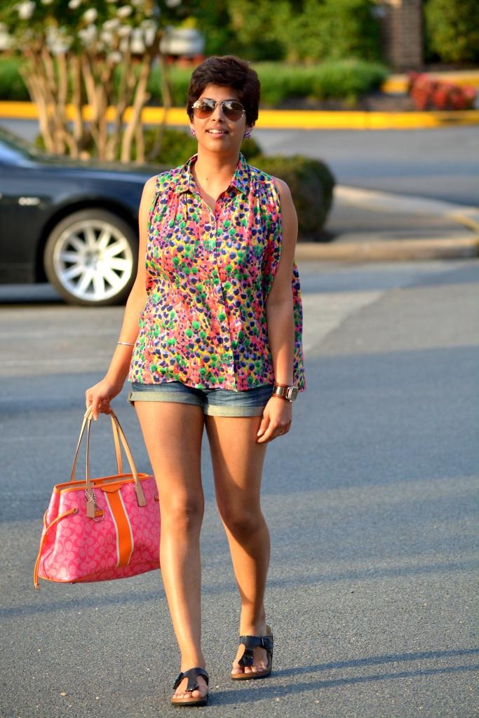 Pixie, Oversized top, Denim shorts, 4